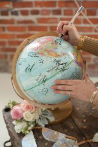 esküvői stílus - utazás koncepció földgömb emlék