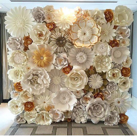 esküvői kreatív fotóhátterek - papír virágfal 3