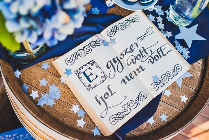 Borzi Vivien esküvő - emlékkönyv