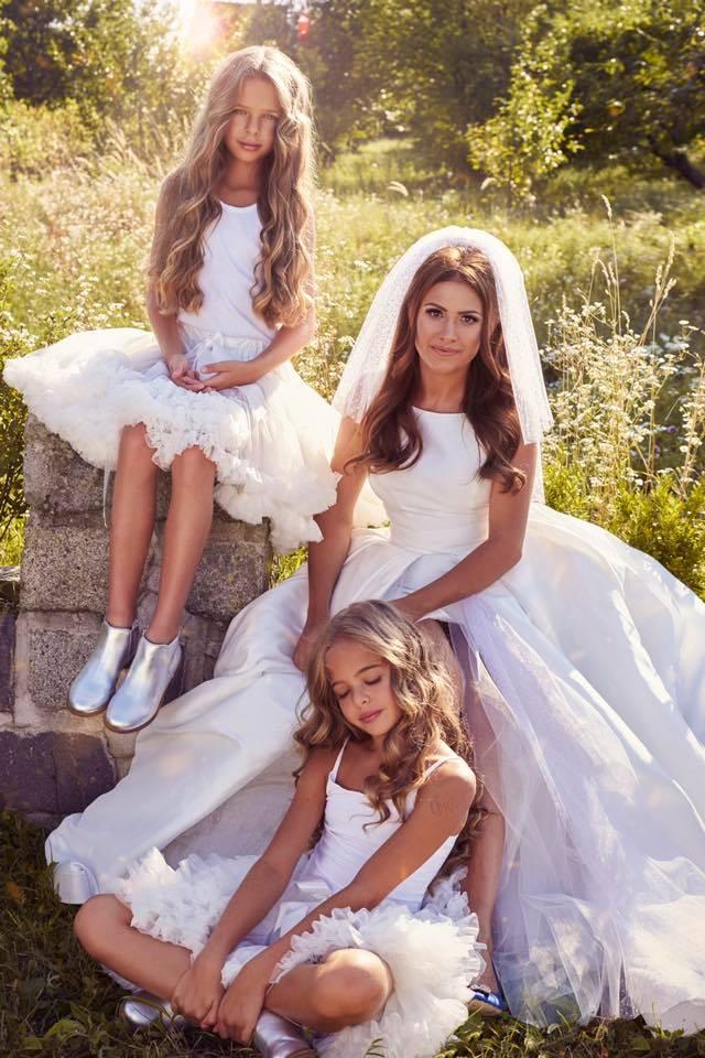 Borzi Vivien esküvő - lányok