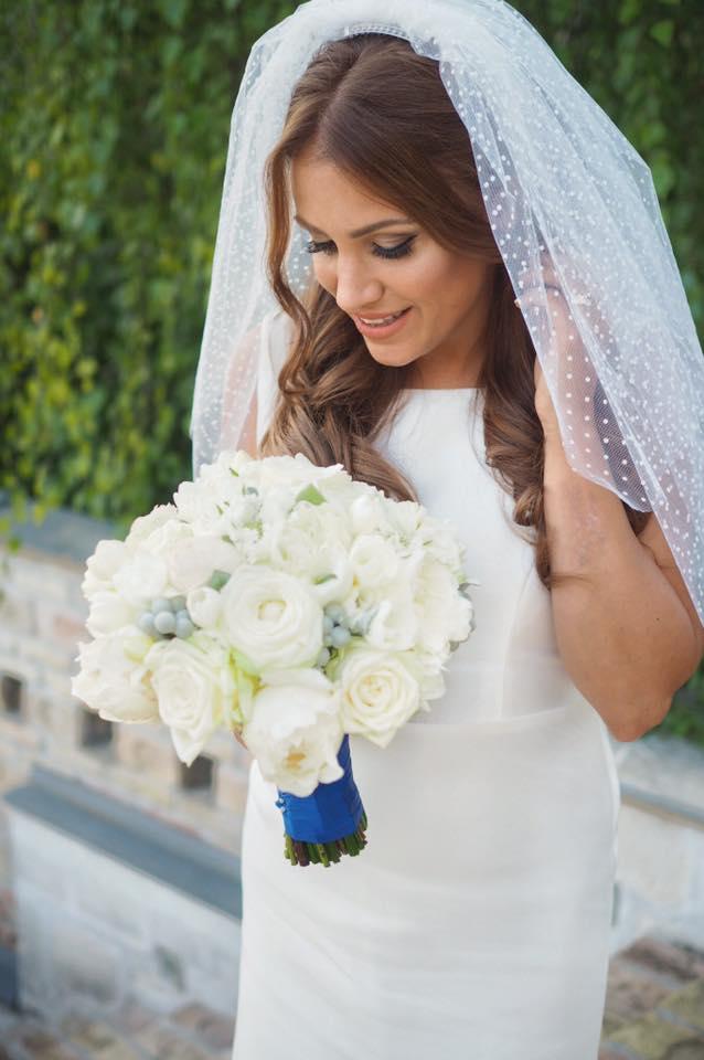 Borzi Vivien esküvő - menyasszonyi fotó