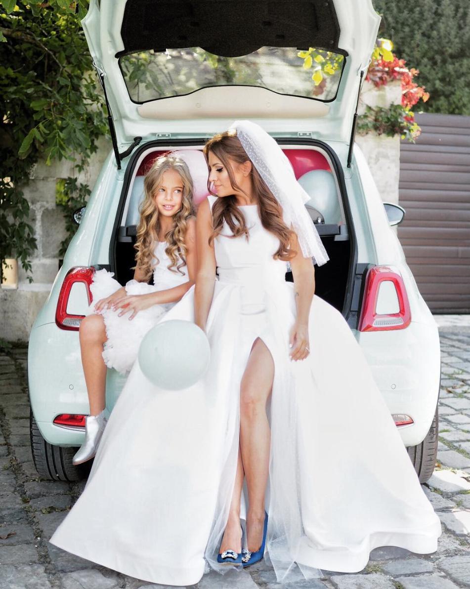 Borzi Vivien esküvő - csomagtartó