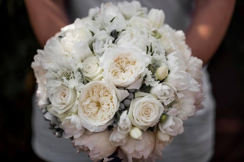 Borzi Vivien esküvő - menyasszonyi csokor