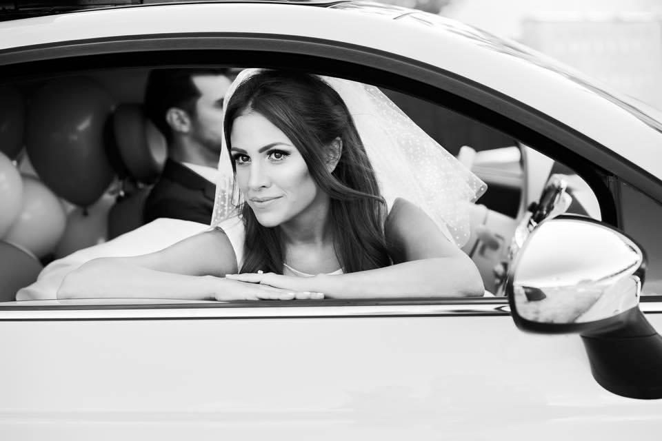 Borzi Vivien esküvő fekete fehér