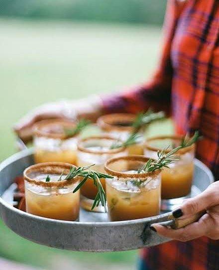 őszi esküvői vendégváró ital