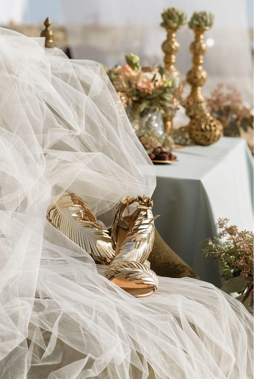 Nagy Ágota - Oázis menyasszonyi ruha - cipő