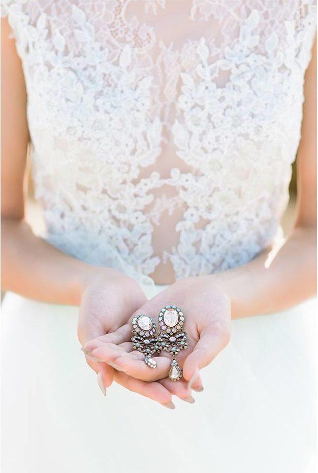 Nagy Ágota - Oázis menyasszonyi ruha - fülbevalók
