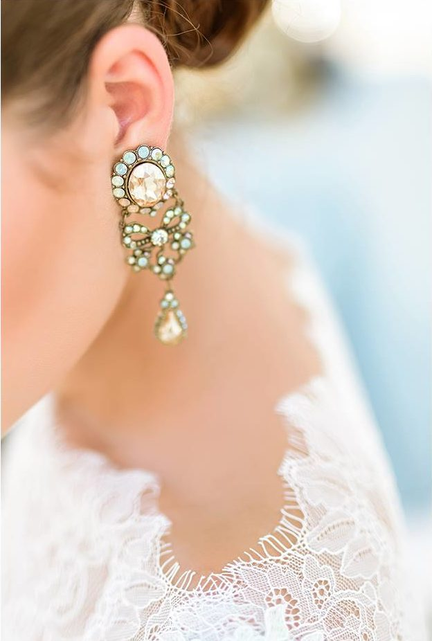 Nagy Ágota - Oázis menyasszonyi ruha - fülbevaló 2