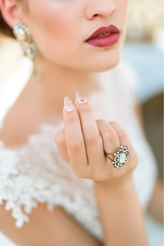 Nagy Ágota - Oázis menyasszonyi ruha - gyűrű